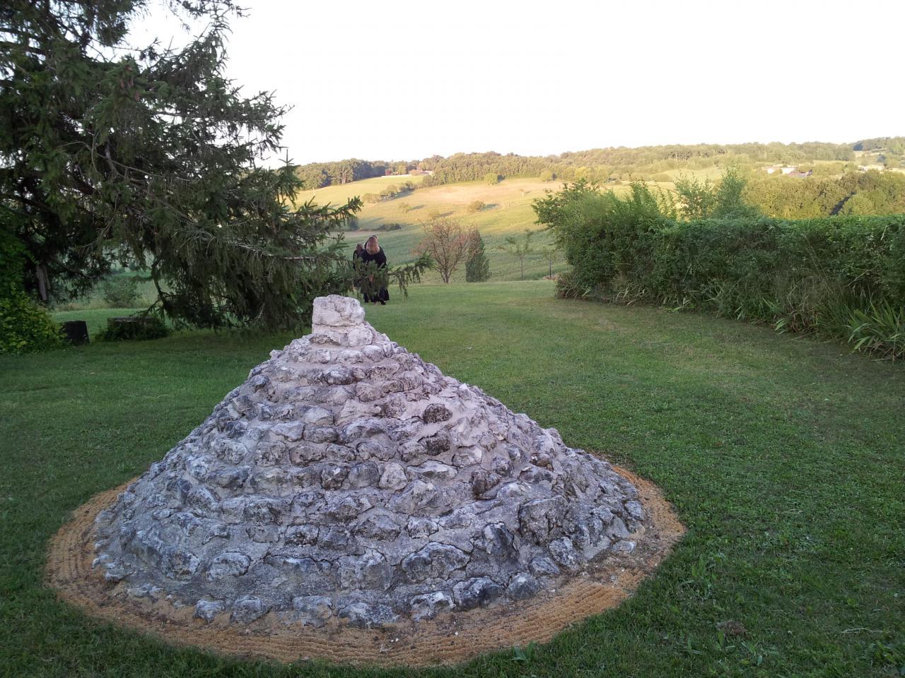 Yama Stupa devant l'entrée